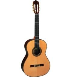 PEREZ 670 Spruce + Кейс - классическая гитара